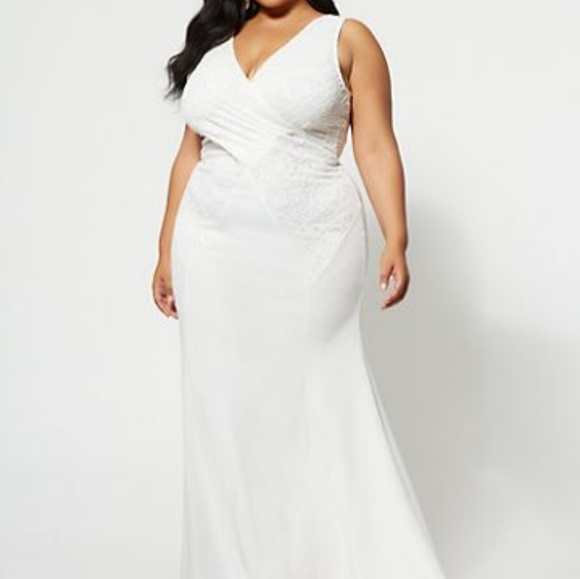 White plus size formal dress